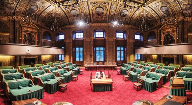 """Hollanda'da Senato, """"zorunlu karantina"""" yasasını onayladı"""